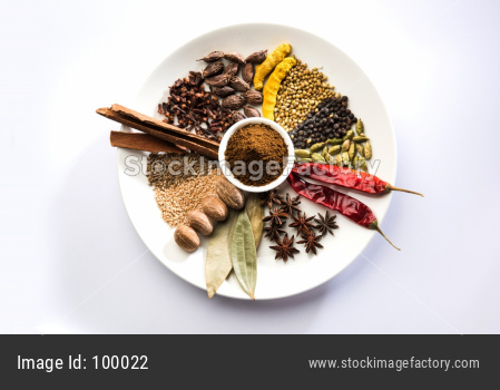 Indian Garam Masala / Colourful spices