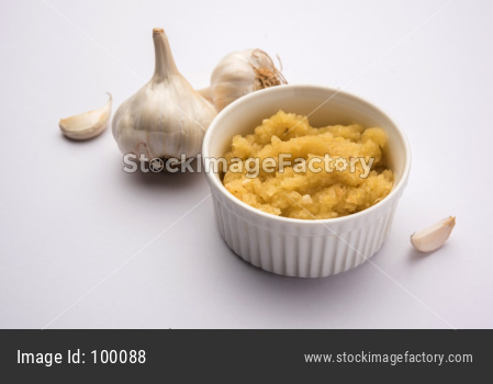 Garlic / Lahsun paste or puree