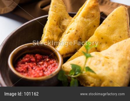 Triangle shape Bread Pakora / pakoda