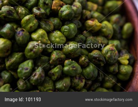 Roasted Green Chickpeas OR Bhuna Harbara