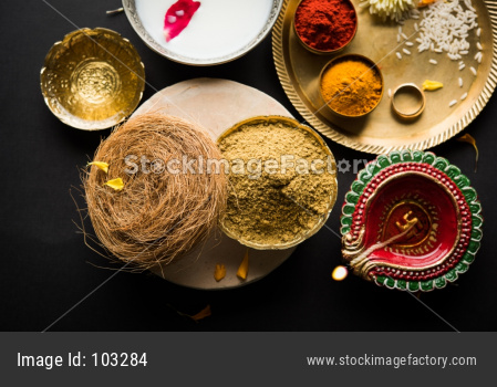 Herbal bath or abhyanga snan on Narak chaturdashi on diwali