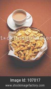 Ganthiya or Gathiya Papdi snack with tea
