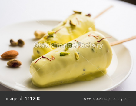 Shahi Kulfi or Indian Ice Cream Candy