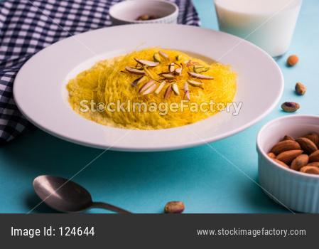 Saffron Flavoured Sutarfeni or Firni / Seviyan / Laccha
