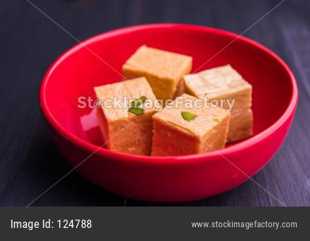 Soan Papdi OR Patisa sweet