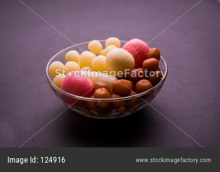 Gulab Jamun and Rassgulla or Rosogullas in a bowl