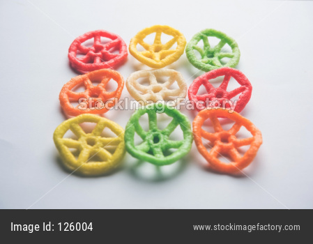 wheel shape colourful fryums papad snack