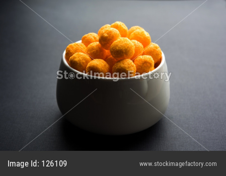 Yellow Puff cheese balls