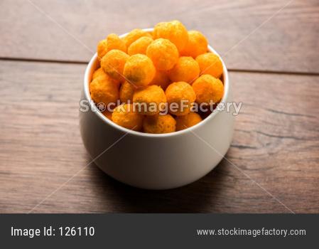 Yellow Puff cheese balls