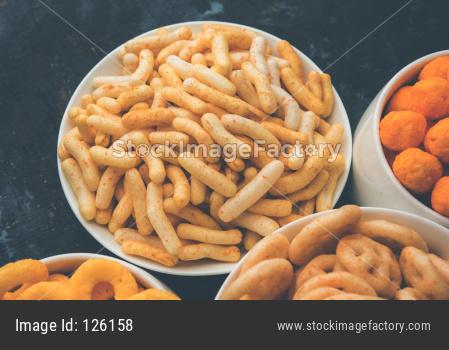 crunchy fryums snacks