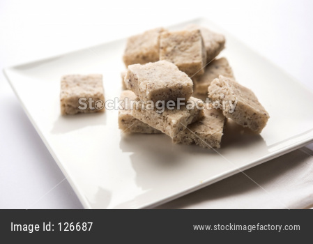 Coconut burfi or Nariyal Barfi