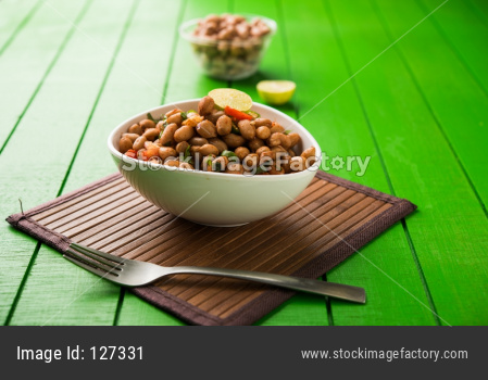 Boiled Peanut Chaat or Chatpata sing dana or shengdana or mungfali.