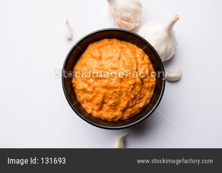 Garlic chutney / Lahsun chutney