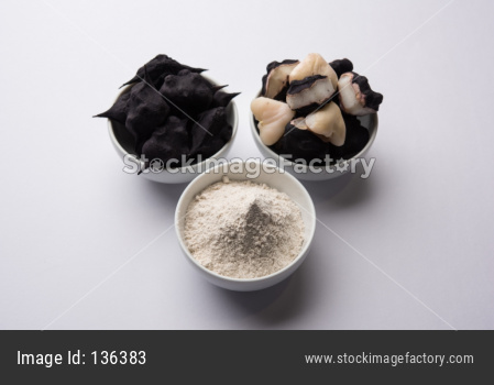 cooked Water chestnut or Singada with powder