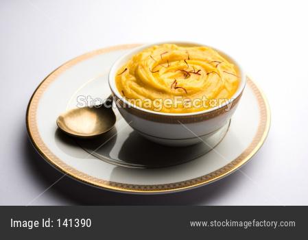amrakhand / mango flavoured shrikhand