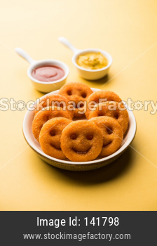 smile face crunchy fried potato snacks