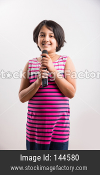Little indian Girl singing in Mic