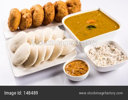 idli, vada with chutney and sambar, south Indian food
