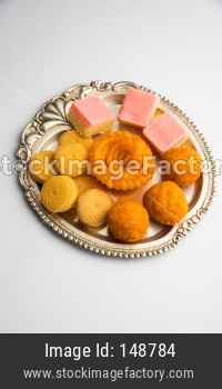 bundi laddu, pera/pedha, jalebi and sweet burfi