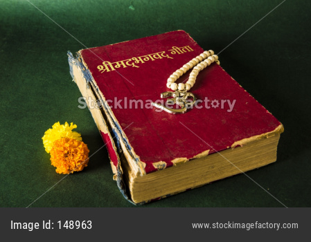 Indian ancient literature bhagwad Gita, ramayana and mahabharat book