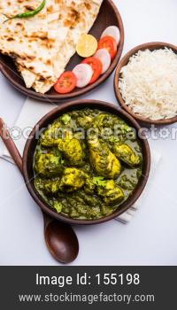 Palak Chicken or Murg Saagwala