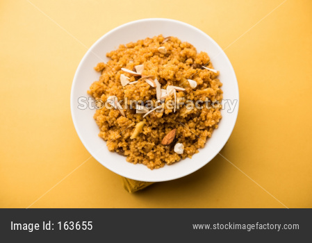 Wheat Laapsi / Lapsi or Daliya Sheera or Halwa
